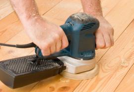 Ilustrační foto (www.shutterstock.com), broušení prkenné podlahy