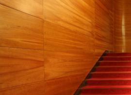 Luxusní provedení dřevěných obkladů z desek