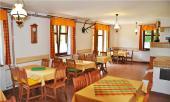 Foto: UNIS-N, dřevěná jídelna