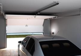 Foto: TRIDO, sekční garážová vrata TRIDO Evo, pohled z garáže
