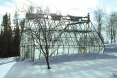 Ilustrační foto (www.shutterstock.com), sníh na skleníku