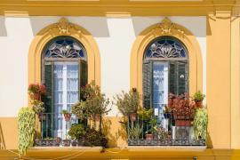 Nová fasáda historického domu, nelze zateplit z vnější strany