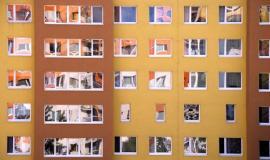 Zateplený panelový dům