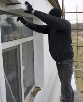 Zateplení obvodových stěn rodinného domu polystyrénem, ostění oken