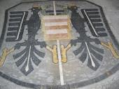 Foto: VIVA, venkovní kamenná dlažba s mozaikou