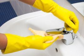 Čištění sanitárních předmětů