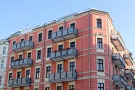 Zrekonstruovaný starší bytový dům