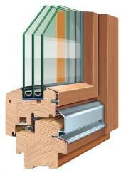 Profil dřevěného okna spočasí odolným pláštěm