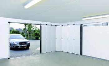 Boční sekční garážová vrata HST