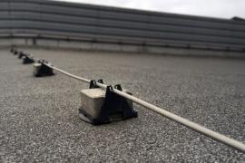 Svod hromosvodu, vodorovné vedení po ploché střeše od jímače