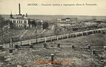 Dobový snímek původní chemické továrny v Brodku u Přerova z roku 1920