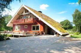 Pro srovnání šikmá zelená střecha