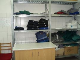 Vyprané a vyspravené pracovní oděvy