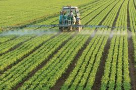 Aplikace pesticidů