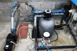 Bazénová technika - čerpadlo a filtr