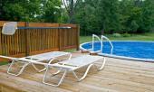 Menší zapuštěný bazén