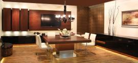 Jídelna od společnosti Alnus Strážnice tvoří součást inspirativních interiérů veletrhu Mobitex.