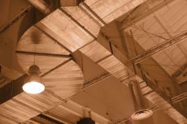 Rozvody vzduchu v hale