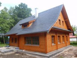 Atypické řešení srubové dřevostavby