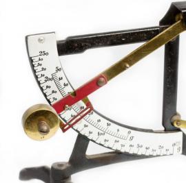 Váha kyvadlová