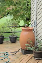Keramický zásobník na dešťovou vodu