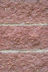 Bezúdržbové betonové tvarovky, probarvené v celém objemu materiálu - ideální pro oplocení, ale i sokly domů