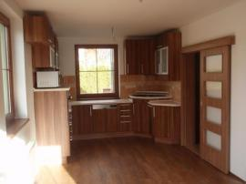 Interiér kuchyně rodinného domu