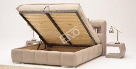 Pohled do úložného prostoru postele Carrera s LED osvětlením