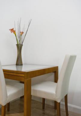 Moderní čalouněné židle