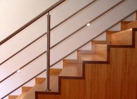 Osvětlení schodišťových stupňů bodovými světly