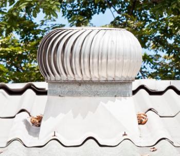 Ventilační turbína, která zajišťuje mechanický způsob ventilace na principu podtlaku
