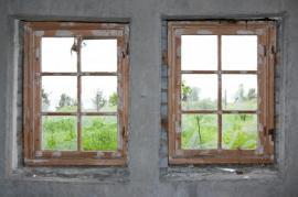 Opravovaná masivní dřevěná okna