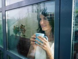 Okno s hliníkovým rámem