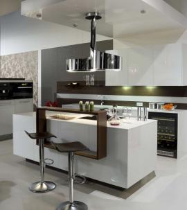 Kuchyně s dominující bílou barvou - kuchyně Senses