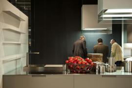Vysoký lesk moderní kuchyně