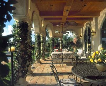 Typický zahradní nábytek italského středomoří