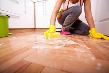 Pouze úklidem na mokro nevíříme prach, dalším řešením je centrální vysavač