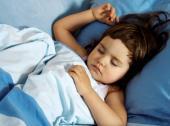 Opravdu váš potomek nespí na peří?