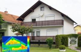 Snímek domu termokamerou