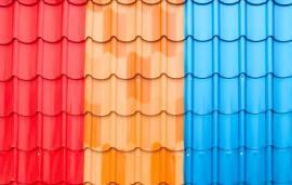 Napodobenina tradičních šablon, různé barevné provedení