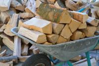 Dřevo připravené ke spalování