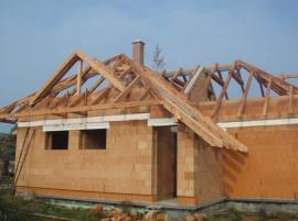 Konstrukce krovu šikmé střechy
