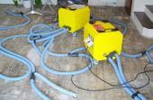 Vysoušení podlahové konstrukce po zatečení
