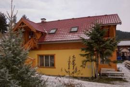 Fotografie střechy v nížině