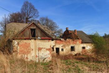 Nevratně poškozená konstrukce krovu