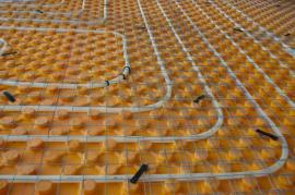 Detail teplovodního podlahového topení