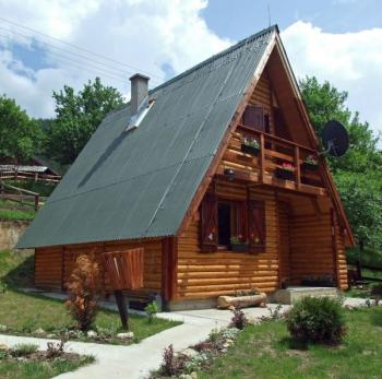 Rekreační chata srubového typu
