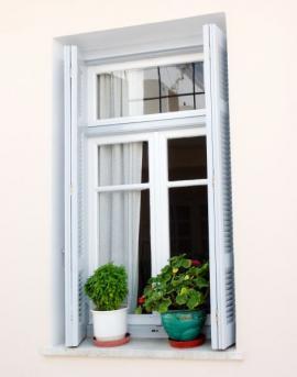 Nové okno po dokončení prací včetně umístění parapetů
