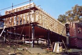 Realizace rámové konstrukce dřevostavby