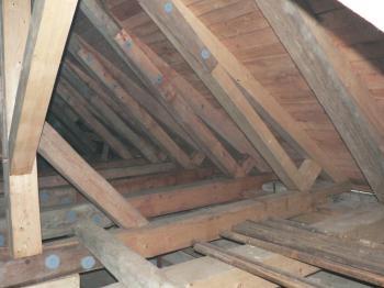 Oprava historického krovu